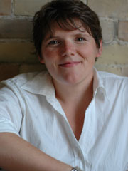 Headshot of author Molly O'Keefe